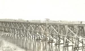 Railway bridge 1935 flood